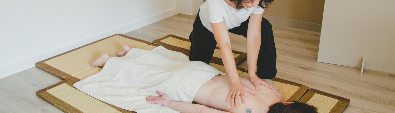 massage ajusté sur femme